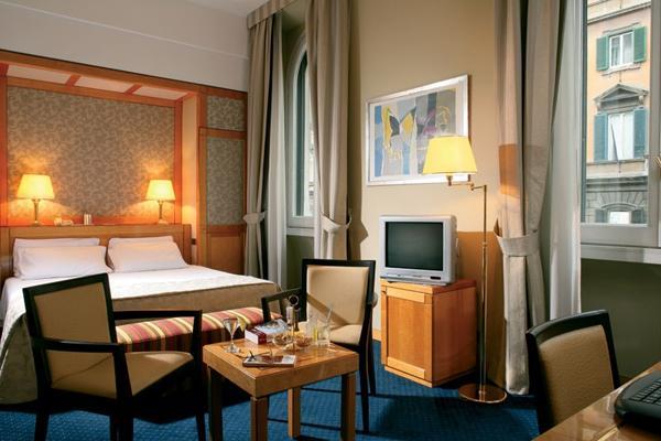 Hotel Artemide - room photo 11026196
